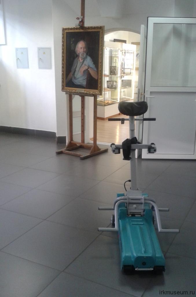 Подъемник для лиц с ограниченными физическими возможностями в ГВЦ им. В.С. Рогаля